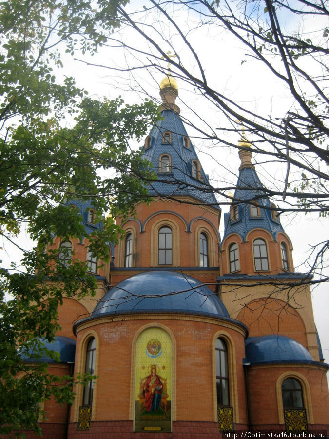 Храм в честь Державной Ик