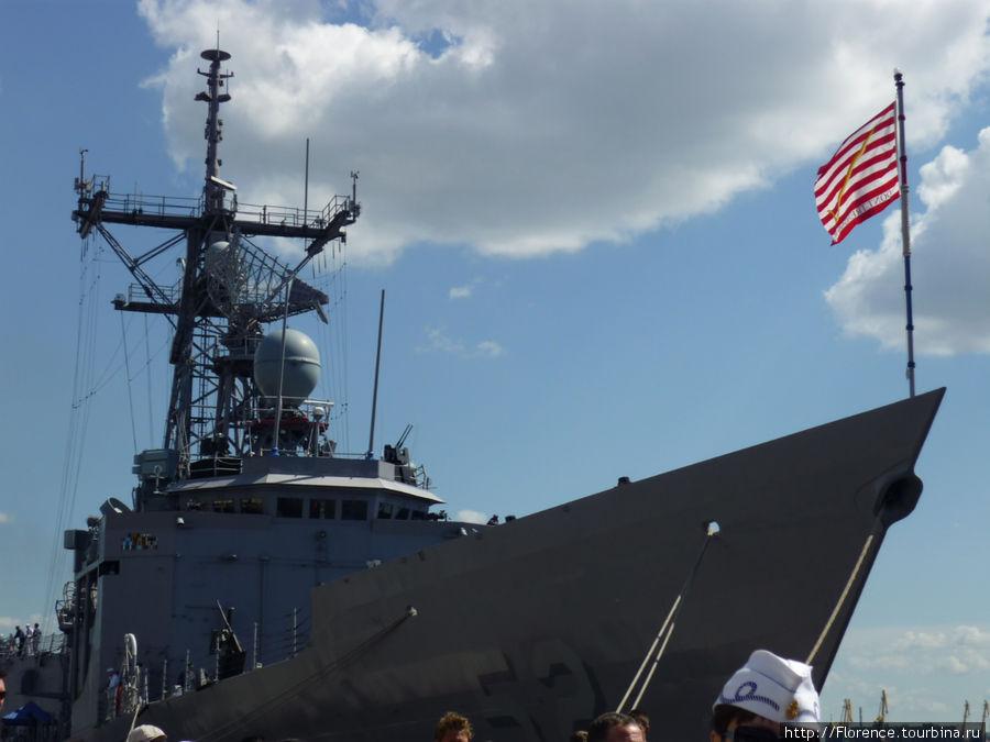 Американский фрегат Карр