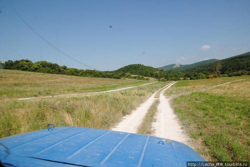 Дорога на Мангуп