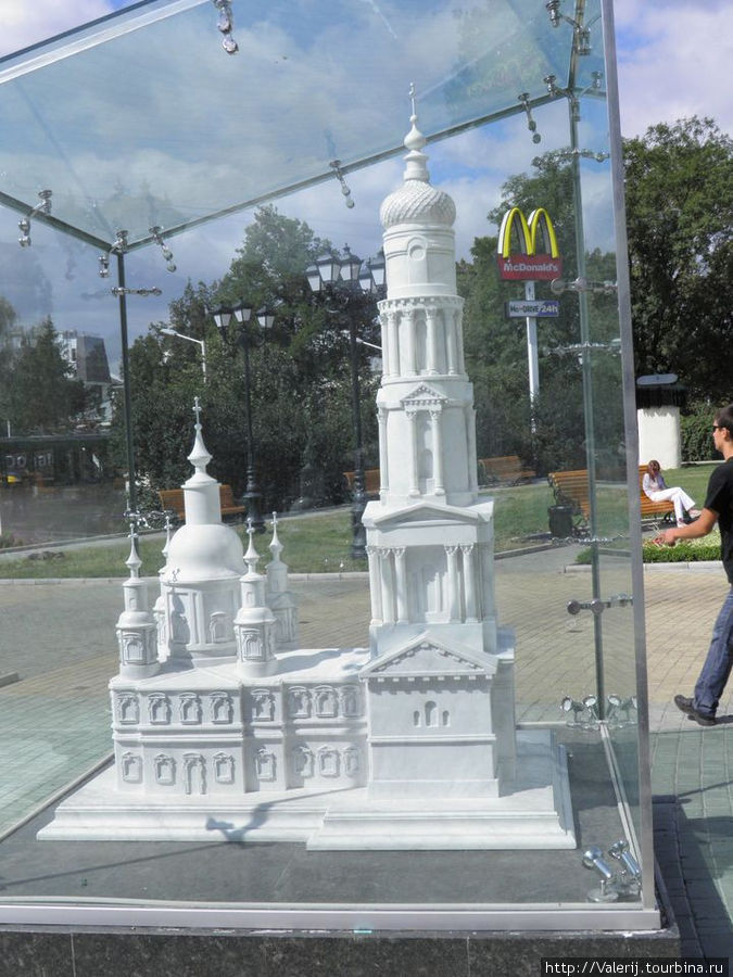 Макет Успенского собора