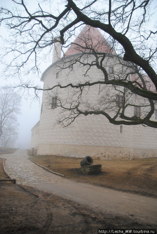 Одна из башен Нового замка