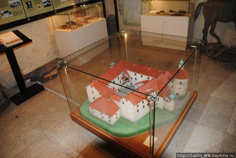 Макет замка Яунпилс