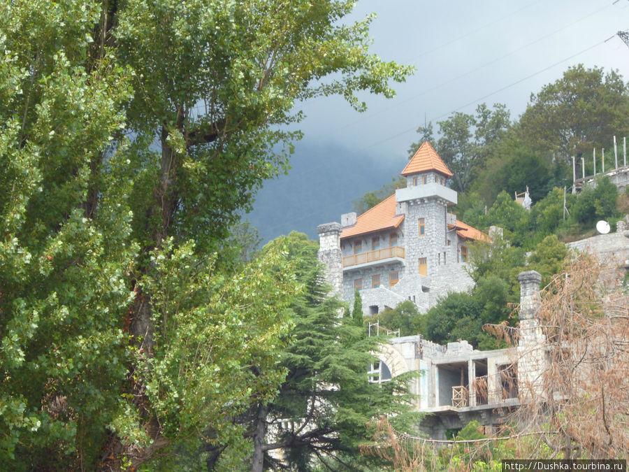 Дом в горах.Гагры.2011г.