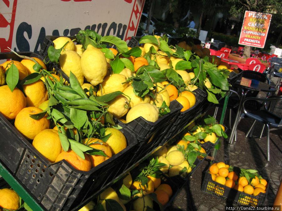 Мега-фрукты
