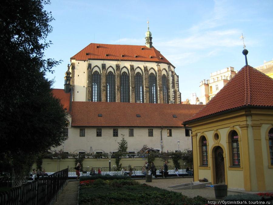 Костел Девы Марии Снежной