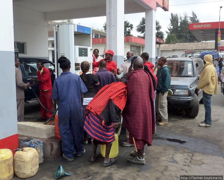 Столпотворение за бензином