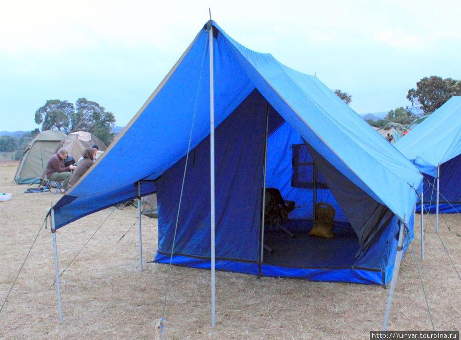 Палатка с кроватями