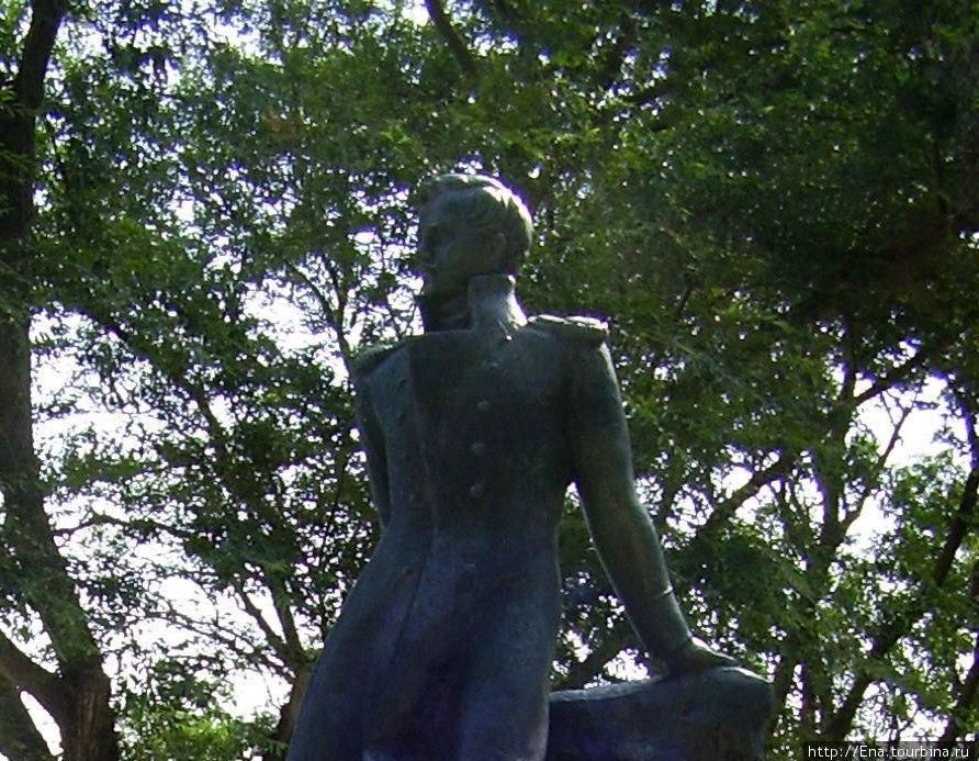 Тамань. Памятник М.Ю. Лермонтову