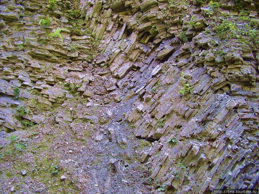Экскурсия на Пшадские водопады. Скалы и вода