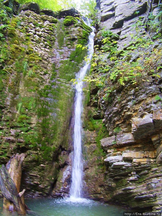Экскурсия на Пшадские водопады. Большой Медвежий водопад и купель