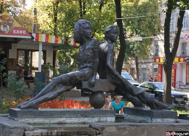 Петя и Гаврик, придуманные В. Катаевым