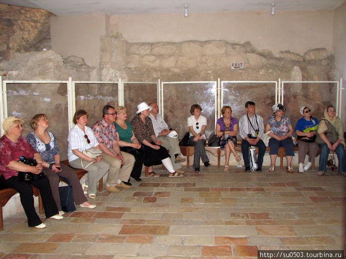 Помещение синагоги, в кот