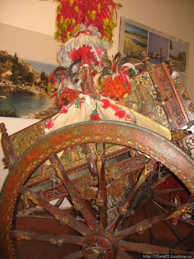 Повозка, подаренная сицилийцами Муссолини