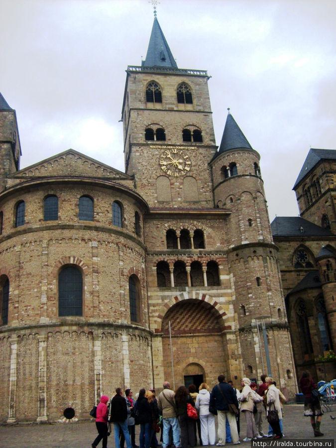 Трирский кафедральный собор, отделанный на редкость богато, был объявлен культурным наследием