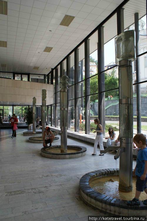 Прогулочный зал гейзерной колоннады