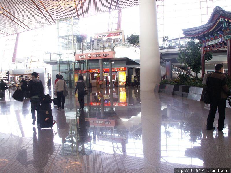 TUF62LAT13.  Понравилась фотография?  Схема-план аэропорта Пекина. июл 2011.  Рассказать друзьям.