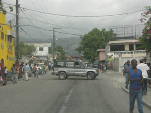Въезжаем в Порт-о-Пренс