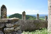 Наружная стена нижнего двора крепости.
