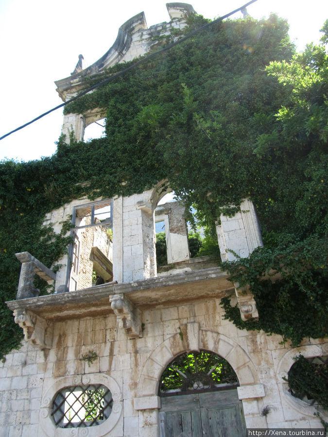Руины в Доброте