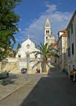 Центральная площадь и собор