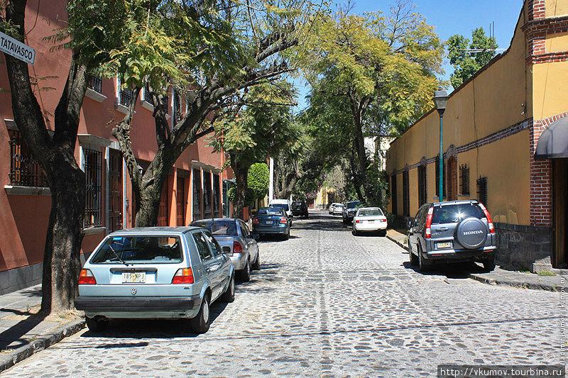 Улицы Койоакана необычайн