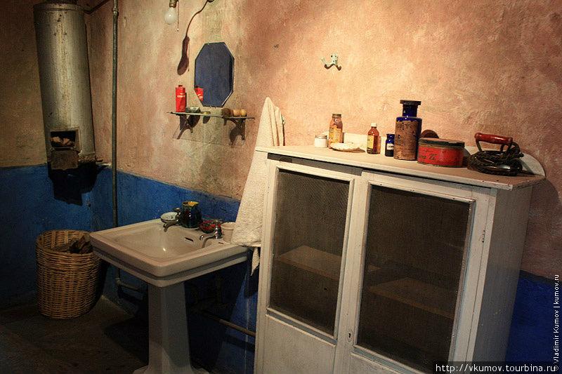 Ванная комната в доме Тро