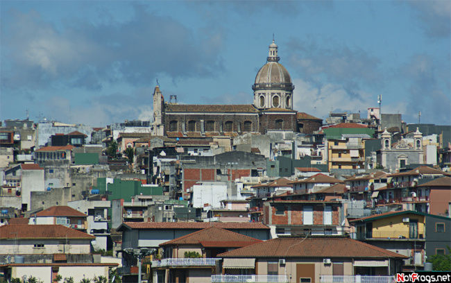 Итальянский городок Испика