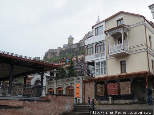Балкончики, ковры, крепос