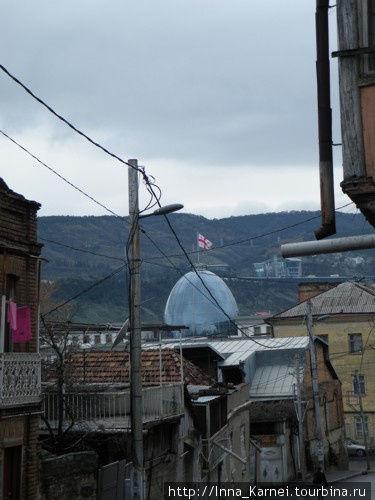 Задворки резиденции. Знает ли Михаил Саакашвили, что здесь тоже живут люди?