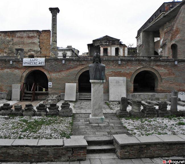 Руины дворца Цепеша
