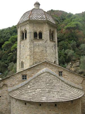 Древняя колокольня