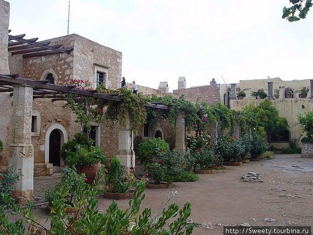 монастырь Аркади