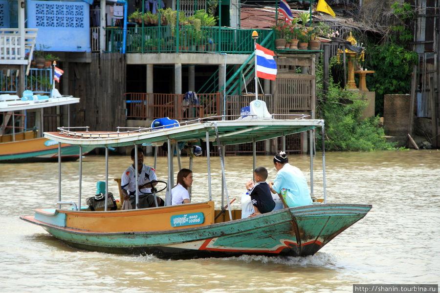 Паром на реке Пасак