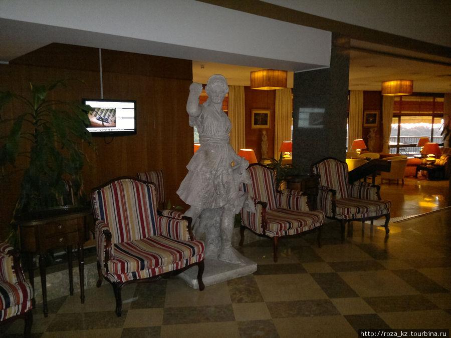 фойе отеля
