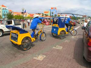 А вот велорикши на Кюрасао были для меня откровением