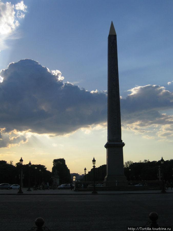 Обелиск на Площади Конкорд