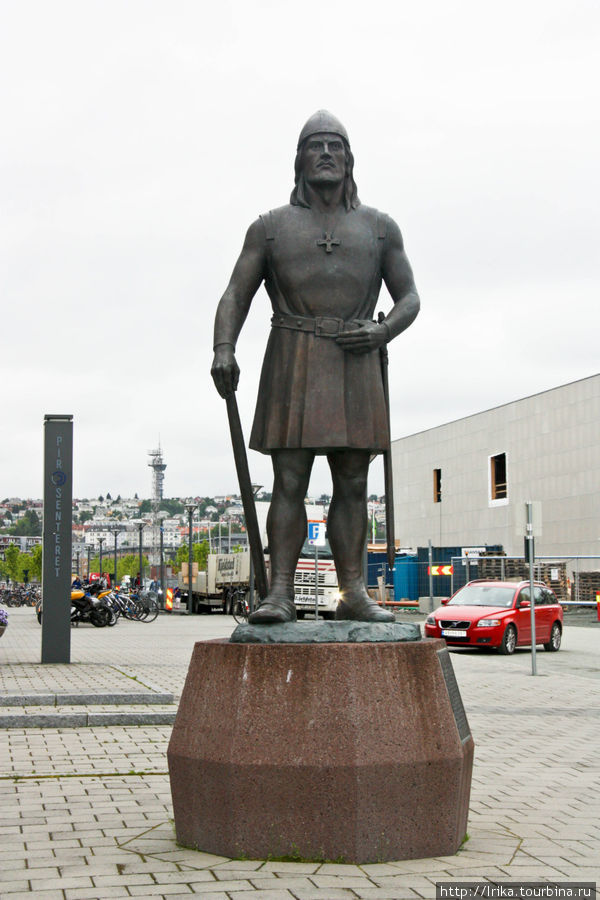 Памятник Лейфу Эрикссону