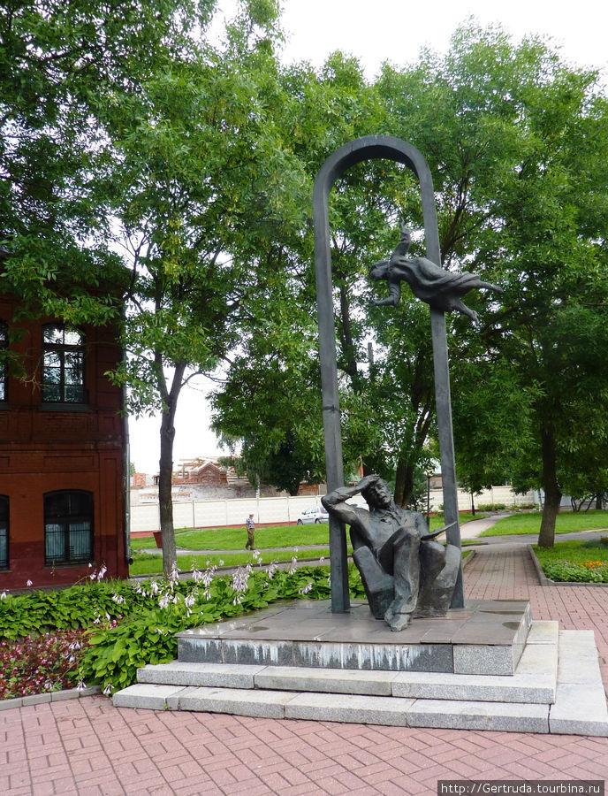 Памятник Марку Шагалу в н