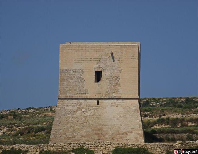 Одна из мальтийских сторожевых башен