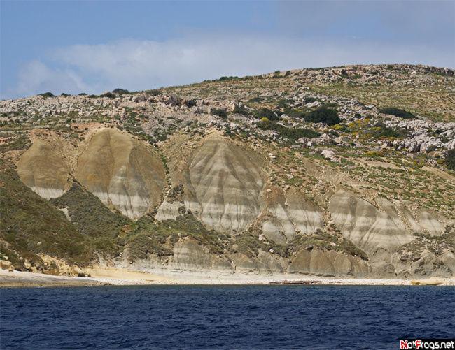 Сюрреалистический кусочек побережья Гозо