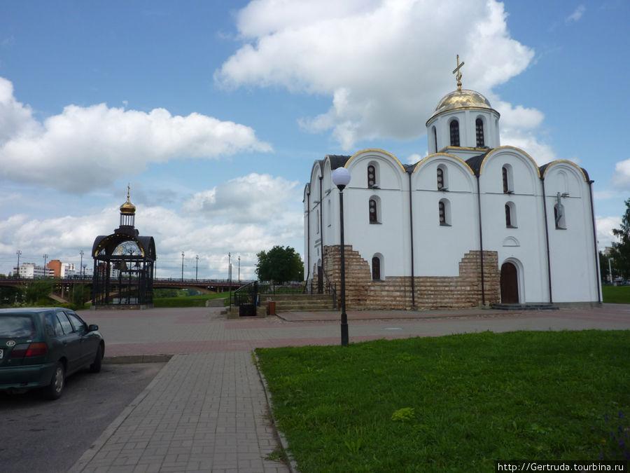 Благовещенский собор на площади 1000-летия Витебска.