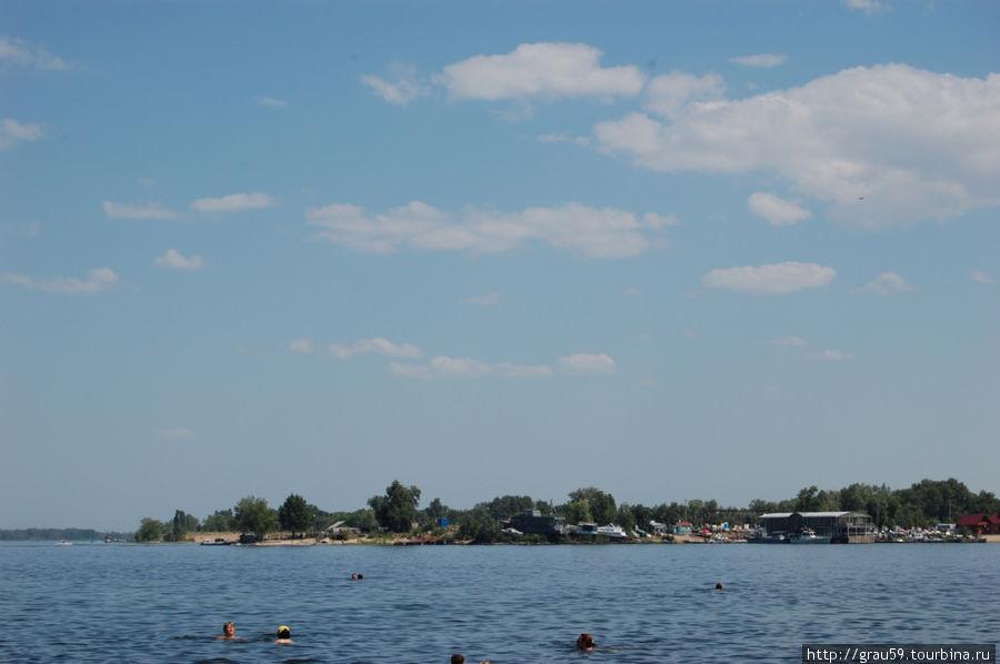 Вид на Зеленый остров со стороны поселка Затон