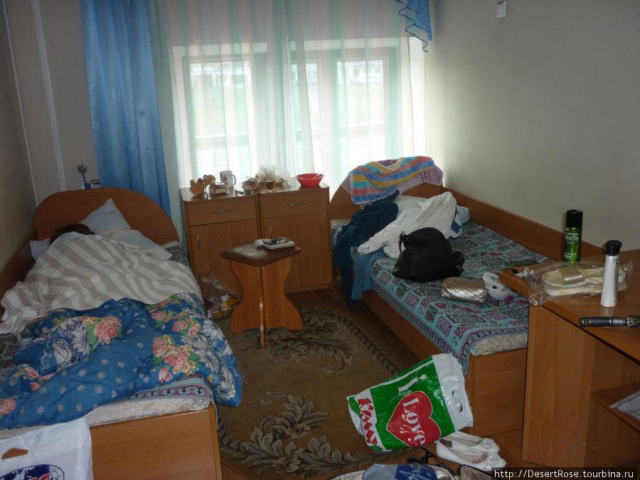 комната, извиняюсь за небольшой хаос:)