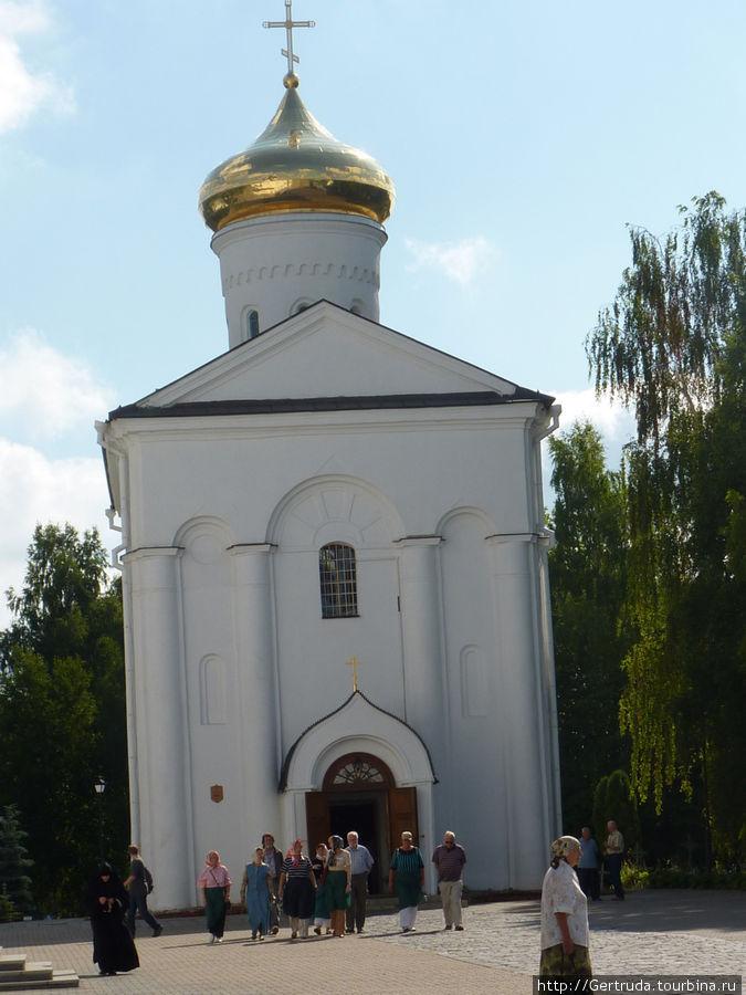 Свято-Крестовоздвиженческий собор