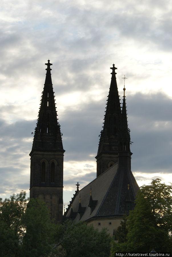 Готический собор Святых П