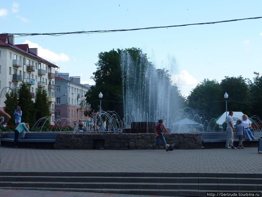 Фонтан на Площади Франциска Скорины