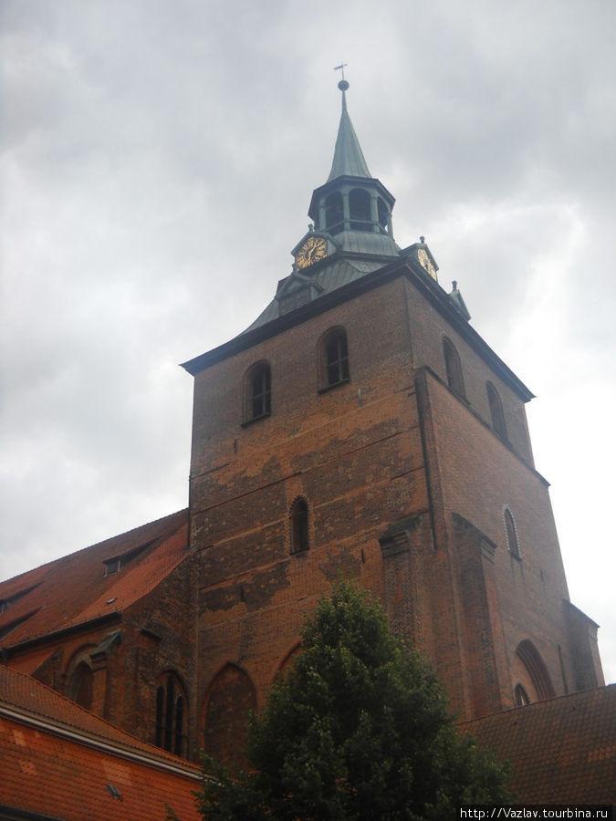 Церковная колокольня