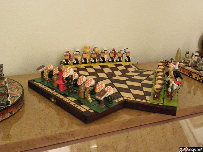 Тройные шахматы — и в них можно играть!