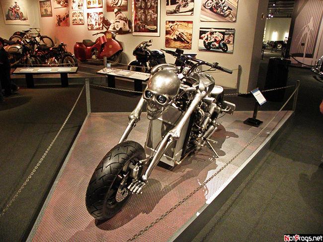 Мотоцикл!