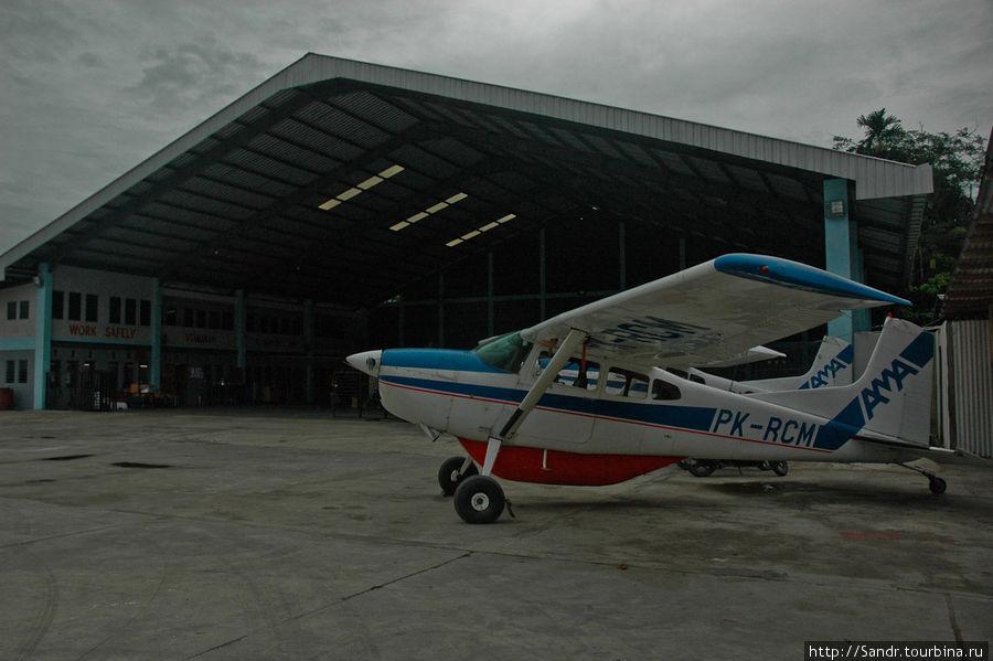 Ангар AMA | Аэропорт Сент